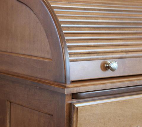maple-desk-480.jpg