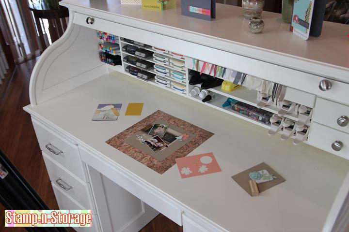 white-desk-gallery-2-720.jpg