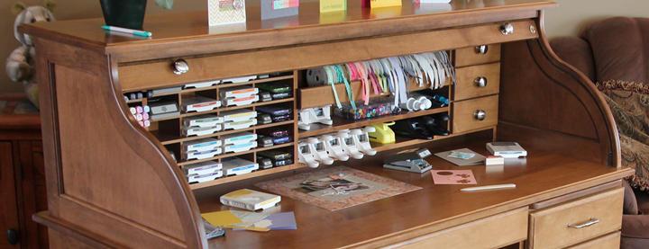 maple-desk-overview-720.jpg